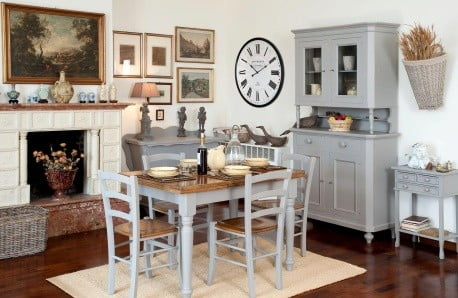 Nábytek a dekorace v duchu romantiky