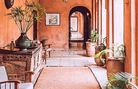 Navštivte interiér nabitý energií a kontrasty