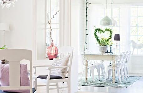 Krásný nábytek v jemných barvách