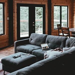 Domov podle luxusních horských srubů