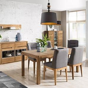 Vitrine, comode și mese în decor elegant de lemn