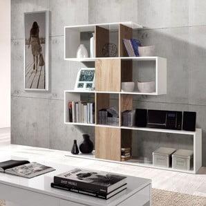 Praktické úložné prostory, od botníků po knihovny