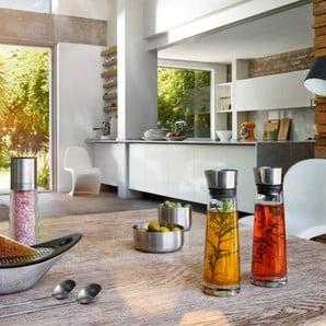 Doplňky pro servírování i naklizenou koupelnu