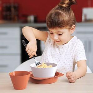 Barevné doplňky do kuchyně i dětského pokoje