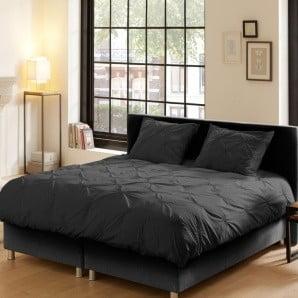 Skvělé postel Novative a spousta doplňků v šedých odstínech