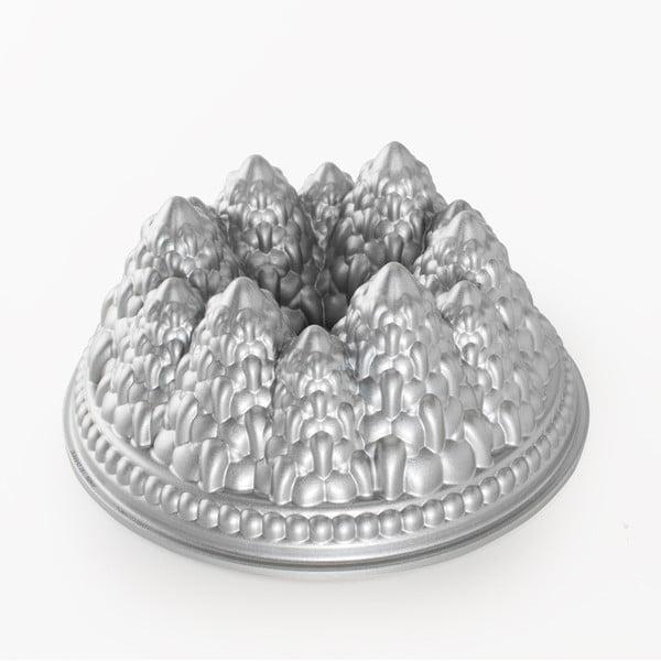 Forma na bábovku Nordic Ware Vánoční stromky