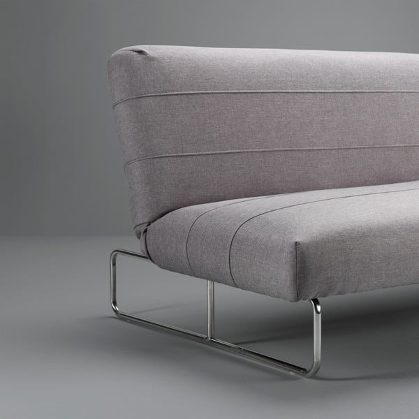 Světle šedá rozkládací pohovka s lenoškou Design Twist Davaly