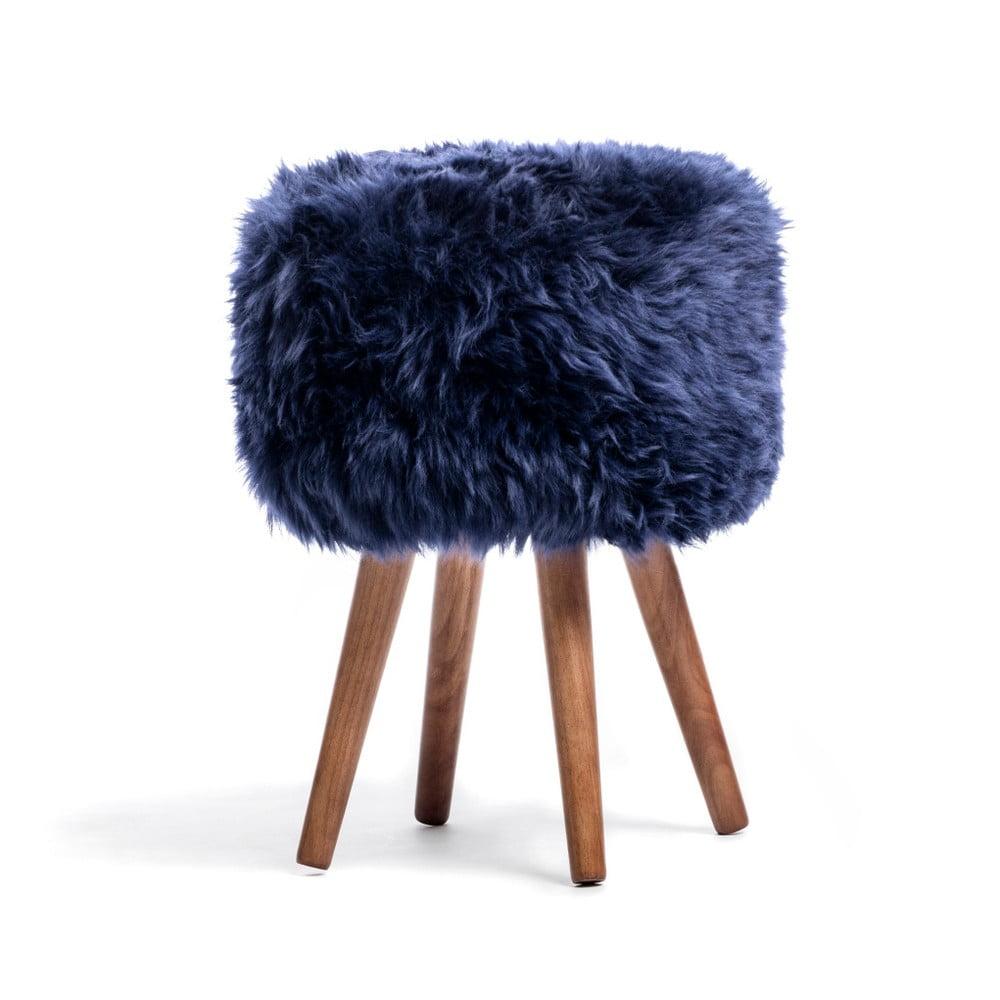 Tmavě modrá stolička z ovčí kůže Royal Dream Sheepskin Stool