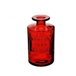 Červená skleněná láhev
