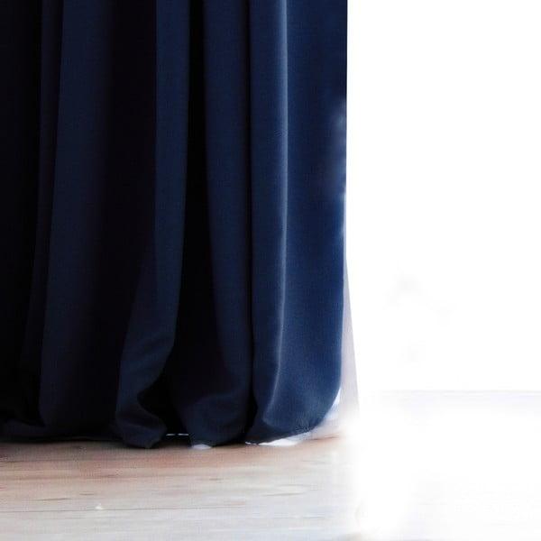 Ciemnoniebieska zasłona DecoKing Pierre, 140x270 cm