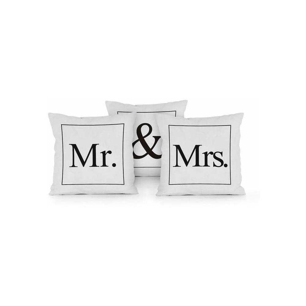 Sada 3 polštářů Really Nice Things Mr & Mrs, 45 x 45 cm