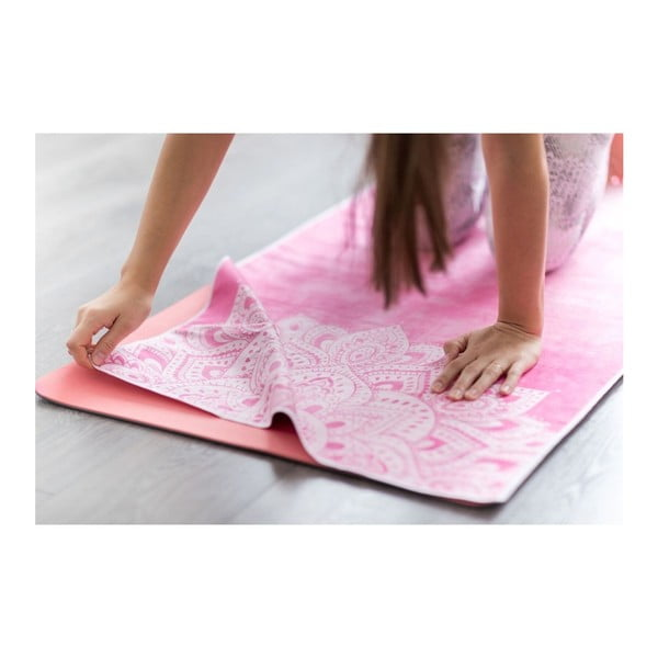 Růžový ručník na jógu Yoga Design Lab Hot Mandala, 340 g