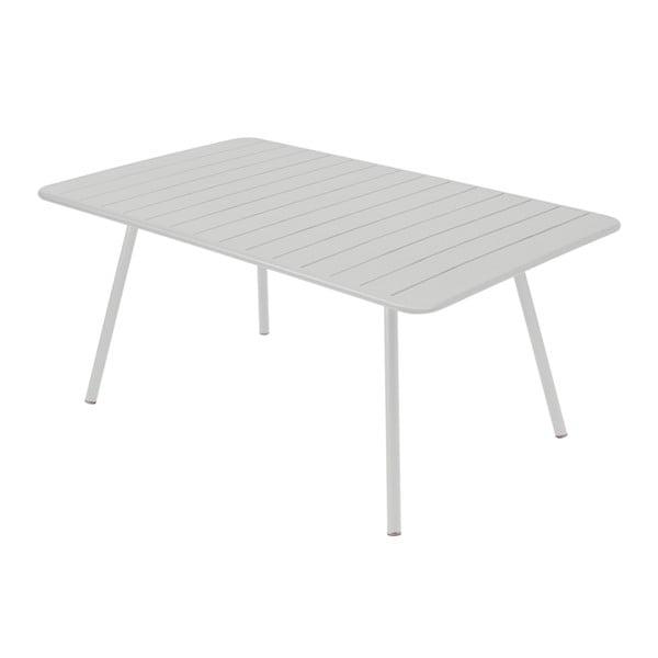 Světle šedý kovový jídelní stůl Fermob Luxembourg