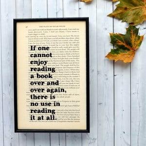 Plakát v dřevěném rámu Oscar Wilde Reading