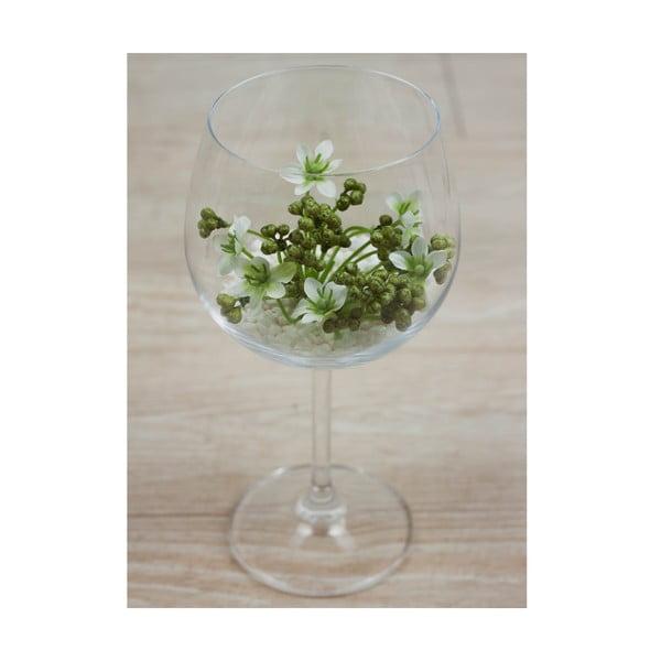 Květinová dekorace od Aranžérie, sklenka s bílou kytičkou