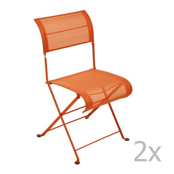 Sada 2 oranžových skládacích židlí Fermob Dune