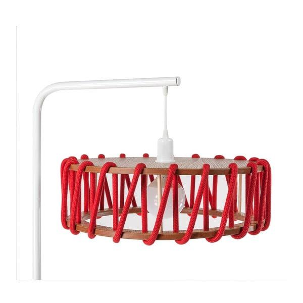 Stojací lampa s bílou konstrukcí a velkým červeným stínidlem EMKO Macaron