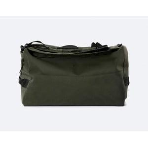 Zelený batoh s vysokou voděodolsnotí Rains Duffel