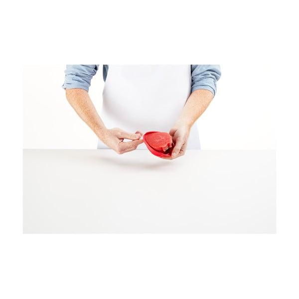 Červená silikonová forma na zmrzlinu ve tvaru jahody Lékué