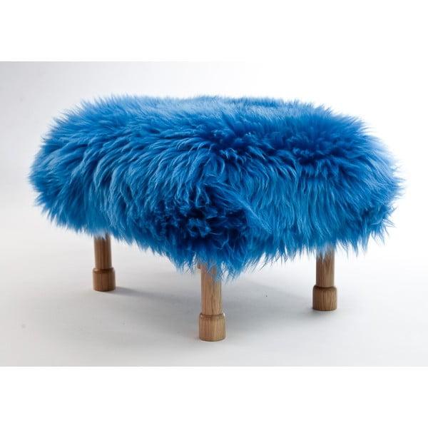 Stolička z ovčí kůže Dilys Cornflower Blue