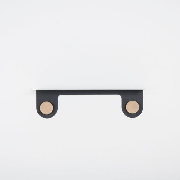 Nástěnná černá police z oceli s detailem z dubového dřeva se 2 háčky Gazzda Hook, délka50cm