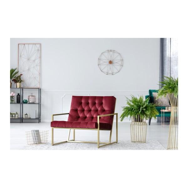 Vínově červené křeslo s konstrukcí ve zlaté barvě Mazzini Sofas Bono