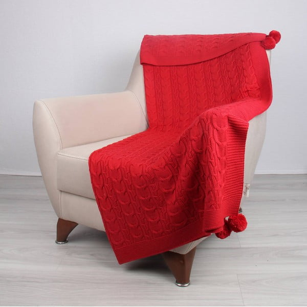 Červená deka Tata