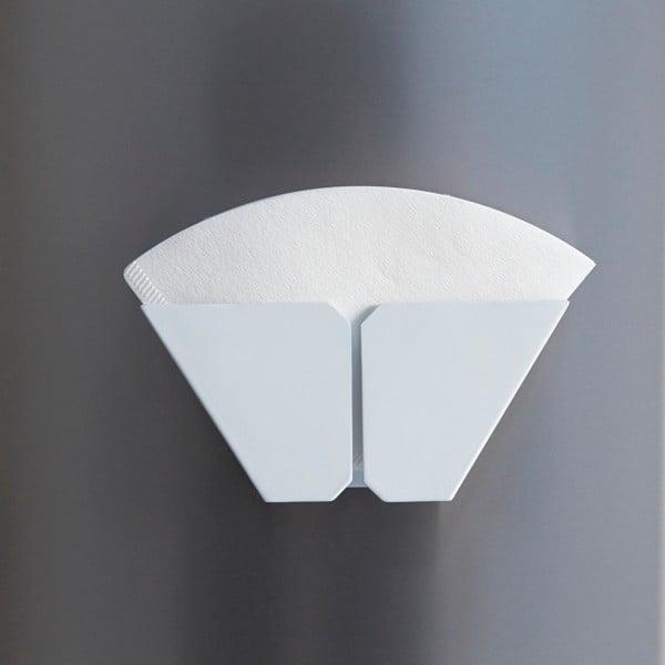 Bílý magnetický držák kávových filtrů Yamazaki Tower