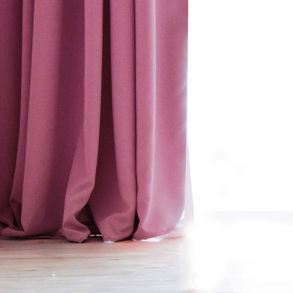Růžový závěs DecoKing Pierre, 140 x 270 cm