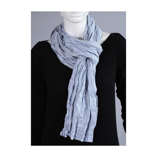 Šátek se světle modrým proužkem