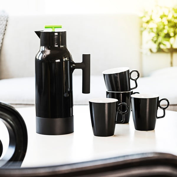 Černá termokonvice na kávu Sagaform Accent