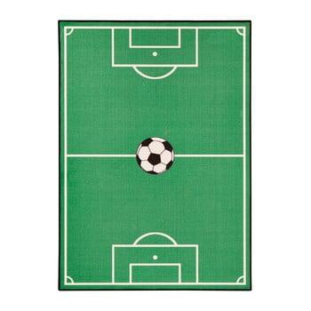 Covor pentru copii Zala Living Football, 140 x 200 cm, verde