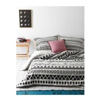 Lenjerie de pat cu cearșaf și 2 fețe de pernă Pandora, 200 x 220 cm de la EnLora Home
