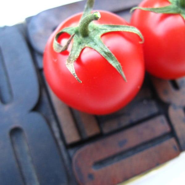 Dárkový set tří rajčatových omáček, bazalka