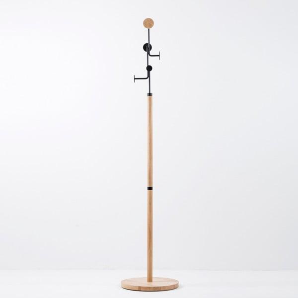 Wieszak stojący z litego drewna dębowego z czarnym elementem Gazzda Hook