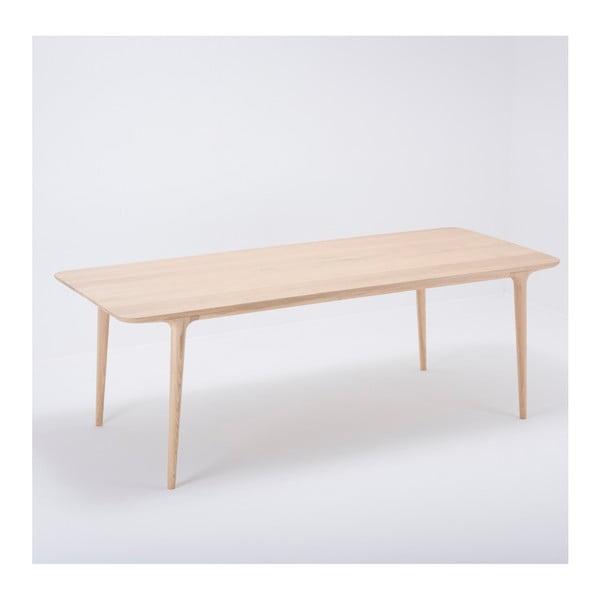 Jídelní stůl z masivního dubového dřeva Gazzda Fawn, 220x90cm