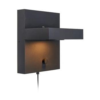 Aplică perete cu poliță și stație de încărcare USB Markslöjd Kubik, negru de la Markslöjd