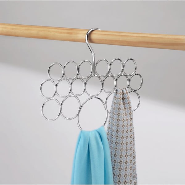 Závěsný držák na ručníky, šátky a oblečení InterDesign Axis