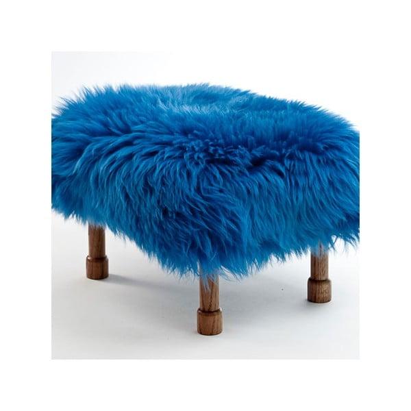 Stolička z ovčí kůže Delyth Cornflower Blue