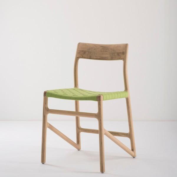 Jídelní židle z masivního dubového dřeva se zeleným sedákem Gazzda Fawn
