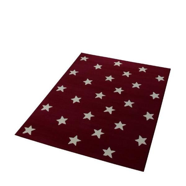 Dětský vínově červený koberec Hanse Home Stars, 140x200 cm