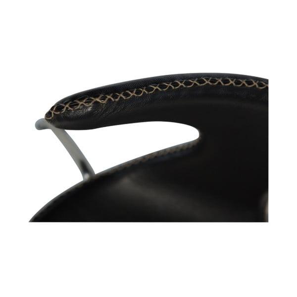 Černá kožená jídelní židle s kovovým podnožím DAN–FORM Dolphin