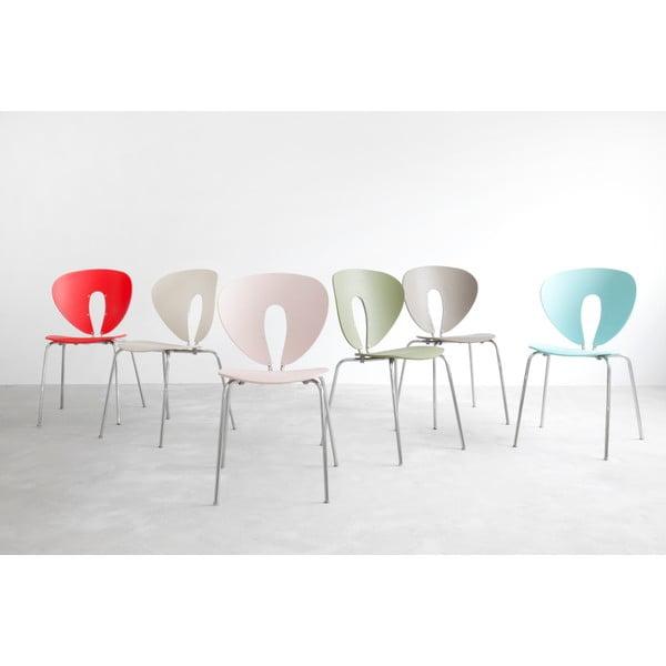 Bílá židle s lesklými chromovanými nohami Stua Globus