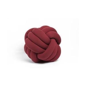 Tmavě červený dekorativní polštářek Knot, ⌀ 45 cm