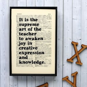 Plakát v dřevěném rámu Einstein Teacher