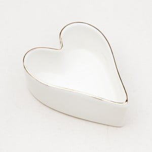 Bílá mísa z kostního porcelánu ve tvaru srdce Caroline Gardner