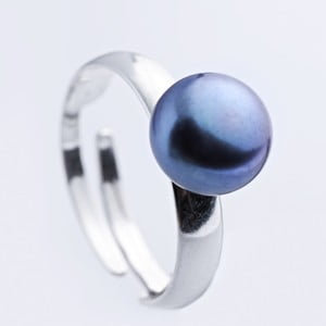 Stříbrný prsten s modrou perlou 9,5 mm