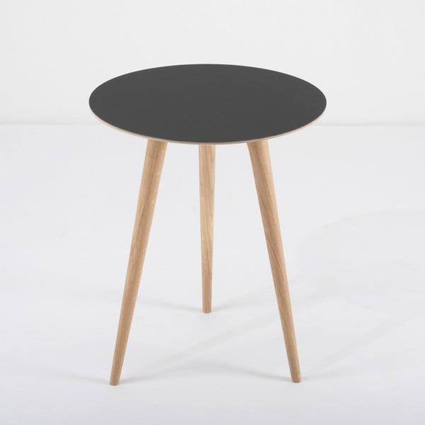 Arp tölgyfa tárolóasztal fekete asztallappal, ⌀ 45 cm - Gazzda