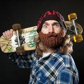 Čepice Beardo Original se dvěma odepínatelnými vousy, černá/červená