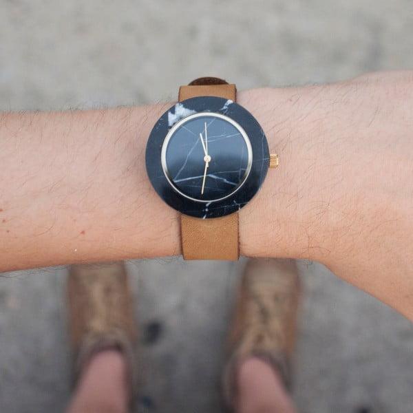 Černé mramorové hodinky s hnědým řemínkem Analog Watch Co. Marble